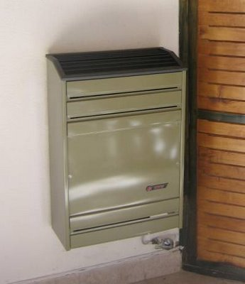 Detalle del calefactor CTZ a gas TB con termostato